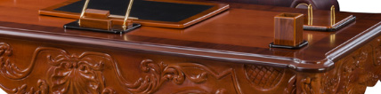 میز مدیریت کلاسیک کد XV M 4